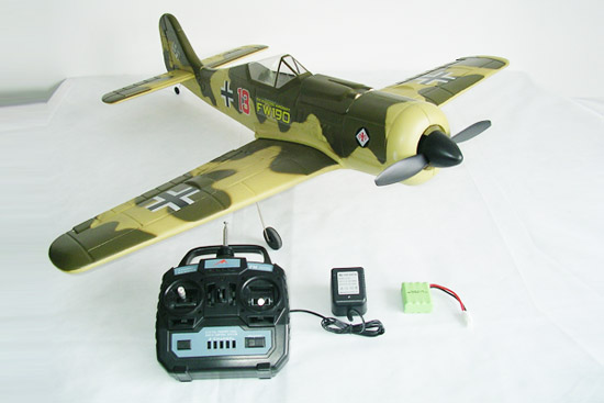 4CH brush FW 190 Pirate airplane